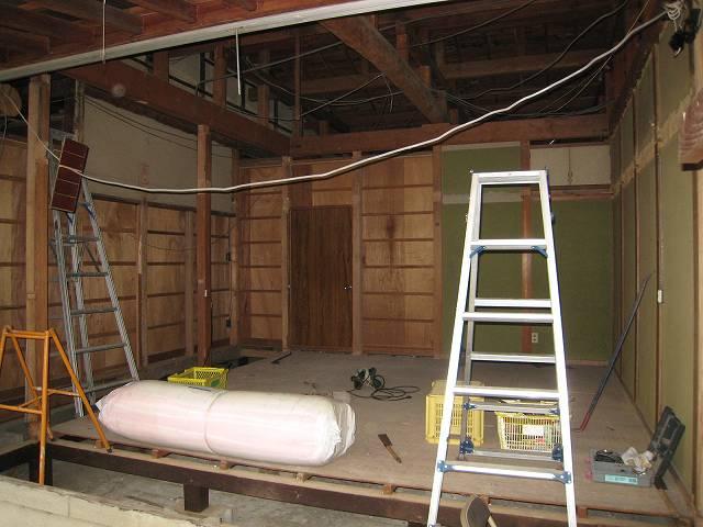 高齢者と暮らす住宅改修 (まずは解体)