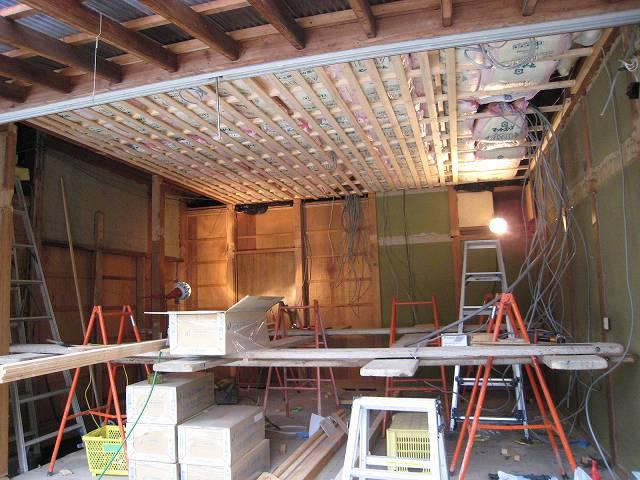 高齢者と暮らす住宅改修(天井から)