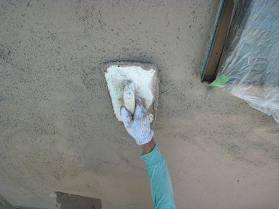 工事中の現場です。外壁が仕上がりました。